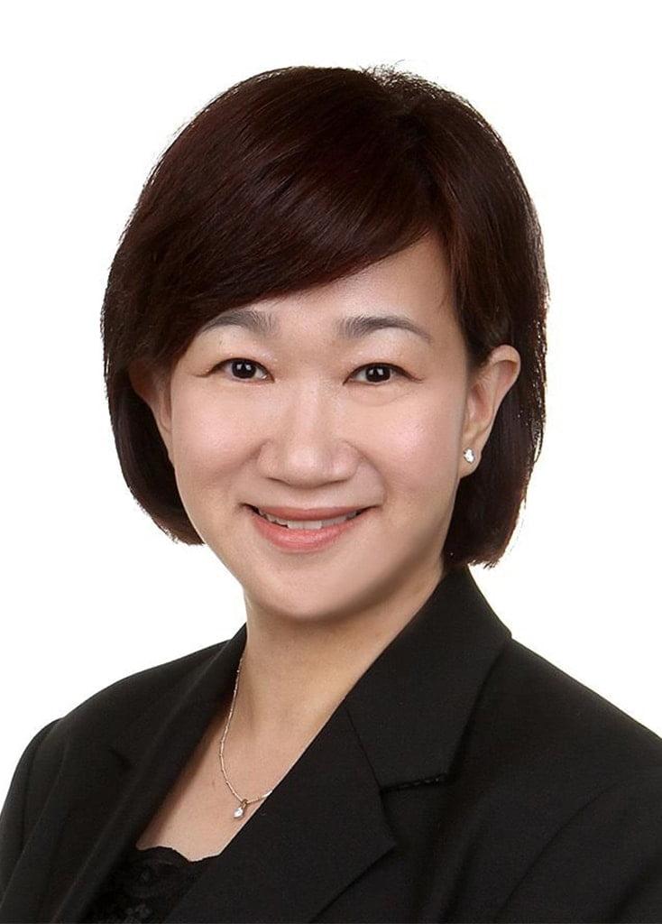 AllSmiles Dental_Dr Lim Lii Profile Pic